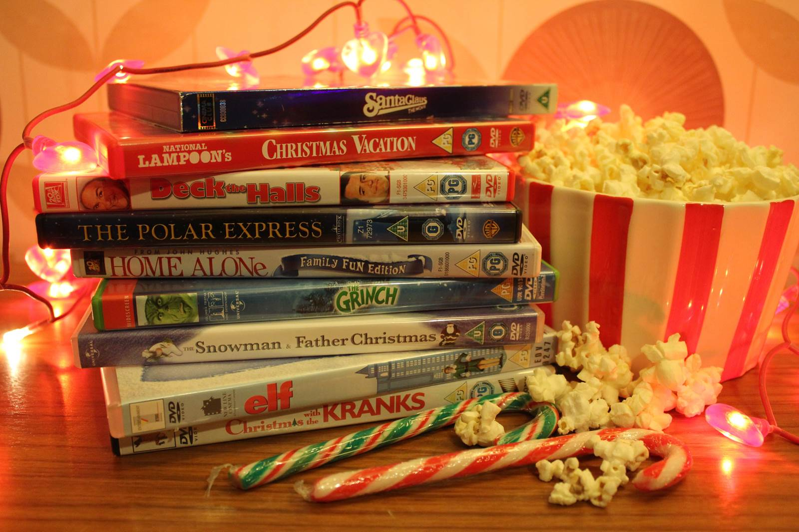 635838030577244143-701721226_festive-activity-christmas-film-movie-marathon-with-popcorn-and-candy-canes