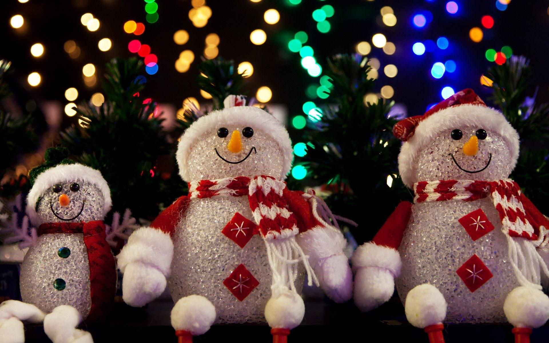 christmas-snowman-decorations-holiday-hd-wallpaper-1920x1200-20527