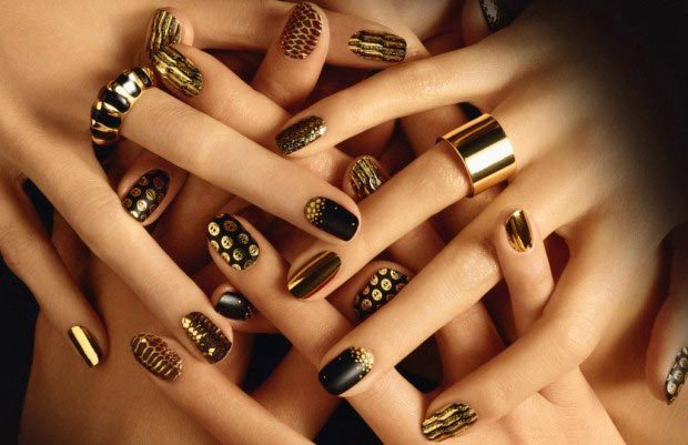 gold_metal_color_nail_art