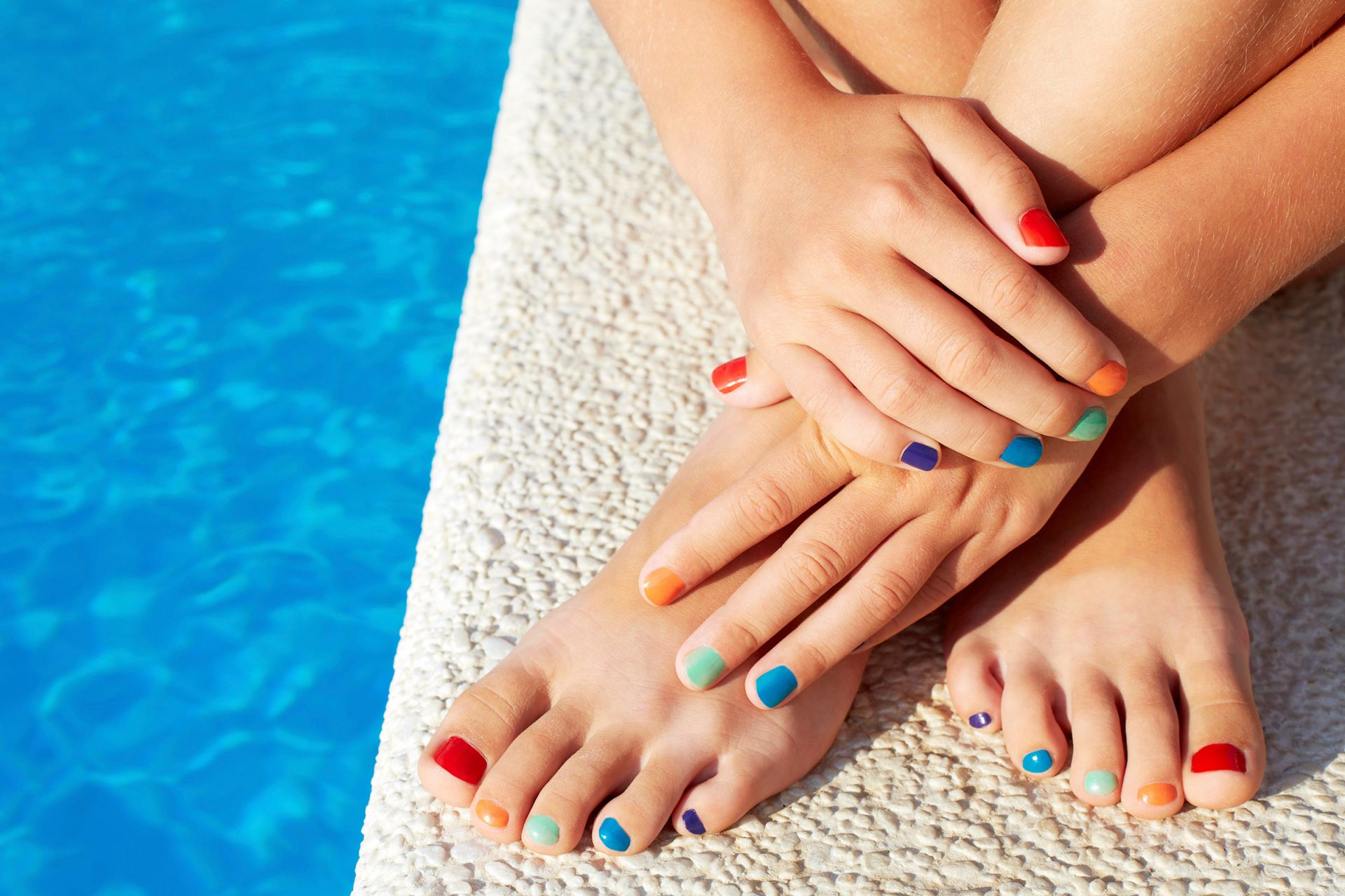 02-get-healthy-pretty-summer-feet-bold-colors