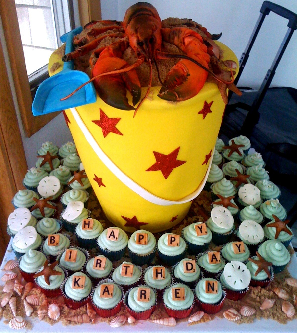 LOBSTER-CAKE