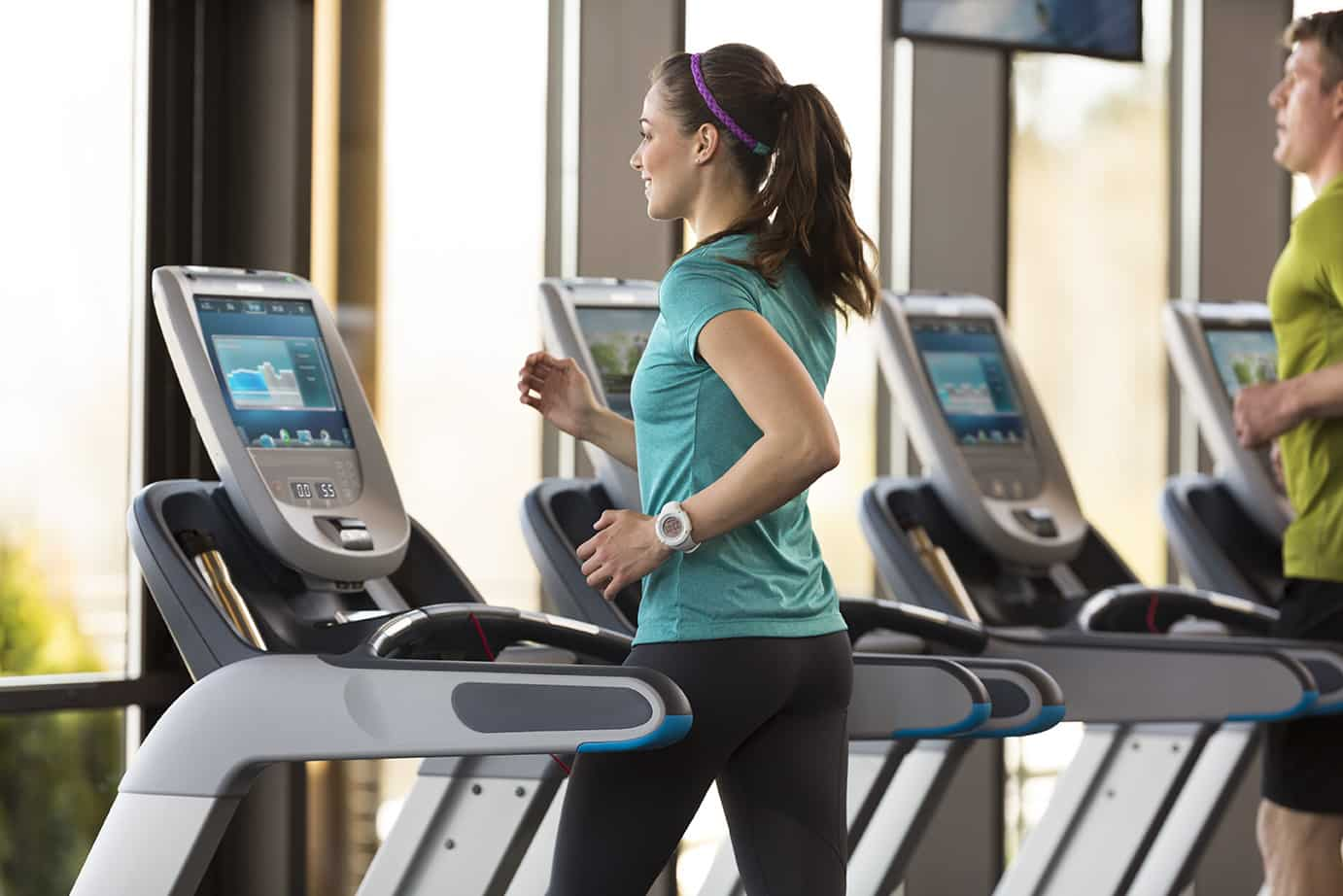 Set-up-the-Treadmill-and-Running-GymMembershipFees