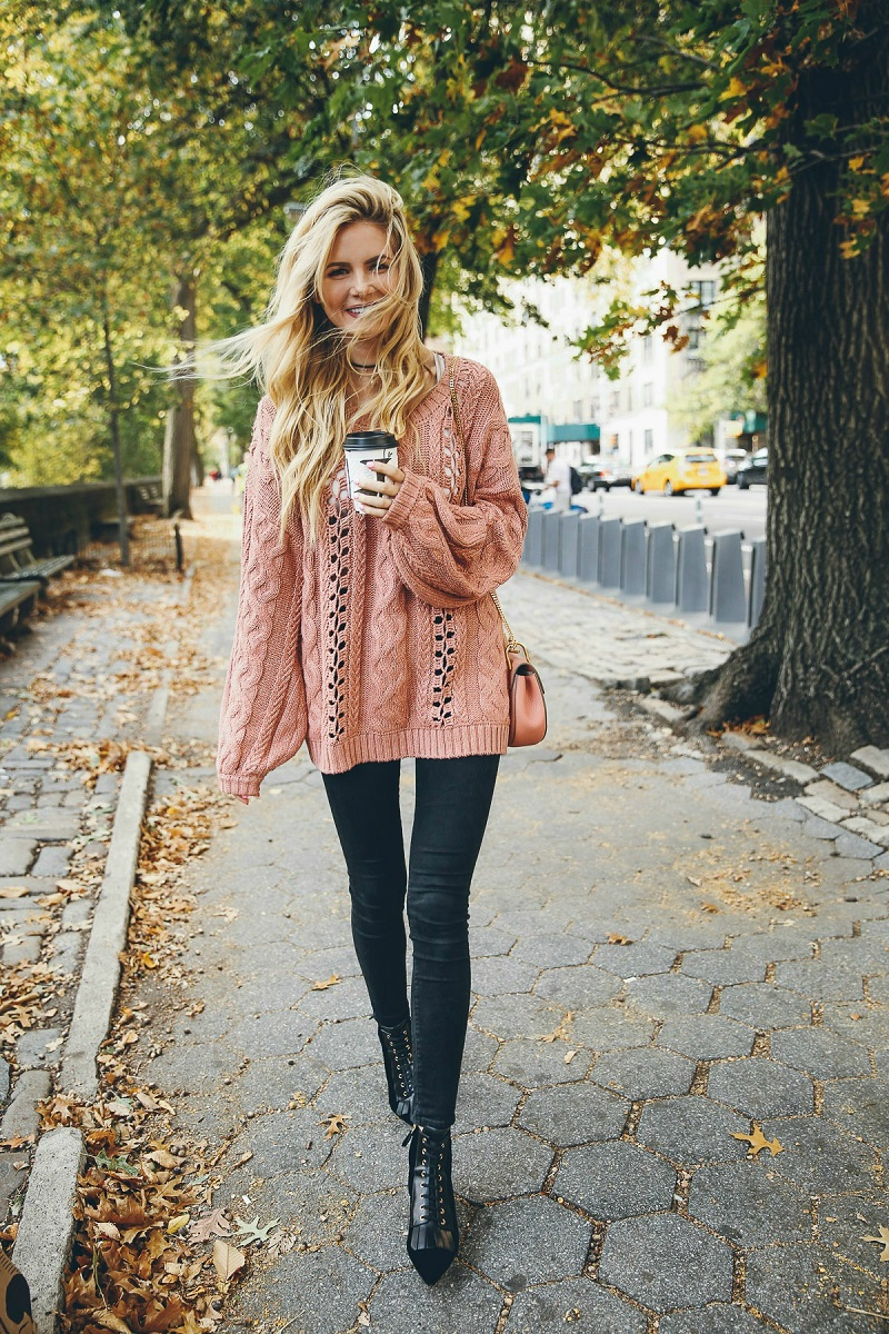 3a4256582138 8-stylish-and-comfortable-outfits-for-your-next-