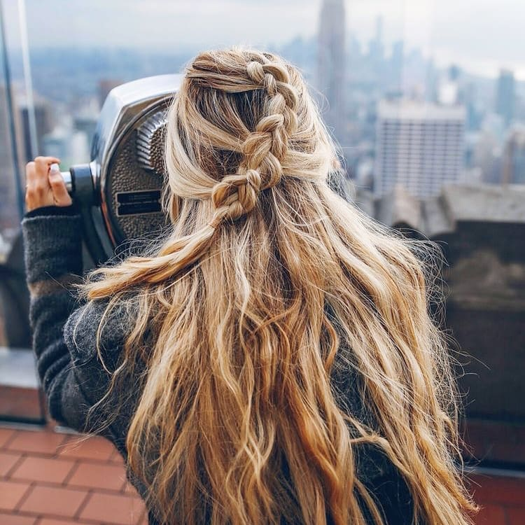 Οι πιο εύκολοι τρόποι για να μακρύνουν τα μαλλιά σου φυσικά ... 30dac519b4b