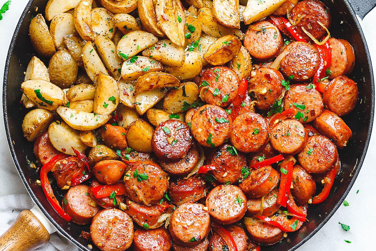 Smoked-Sausage-and-Potato-Skillet-Recipe