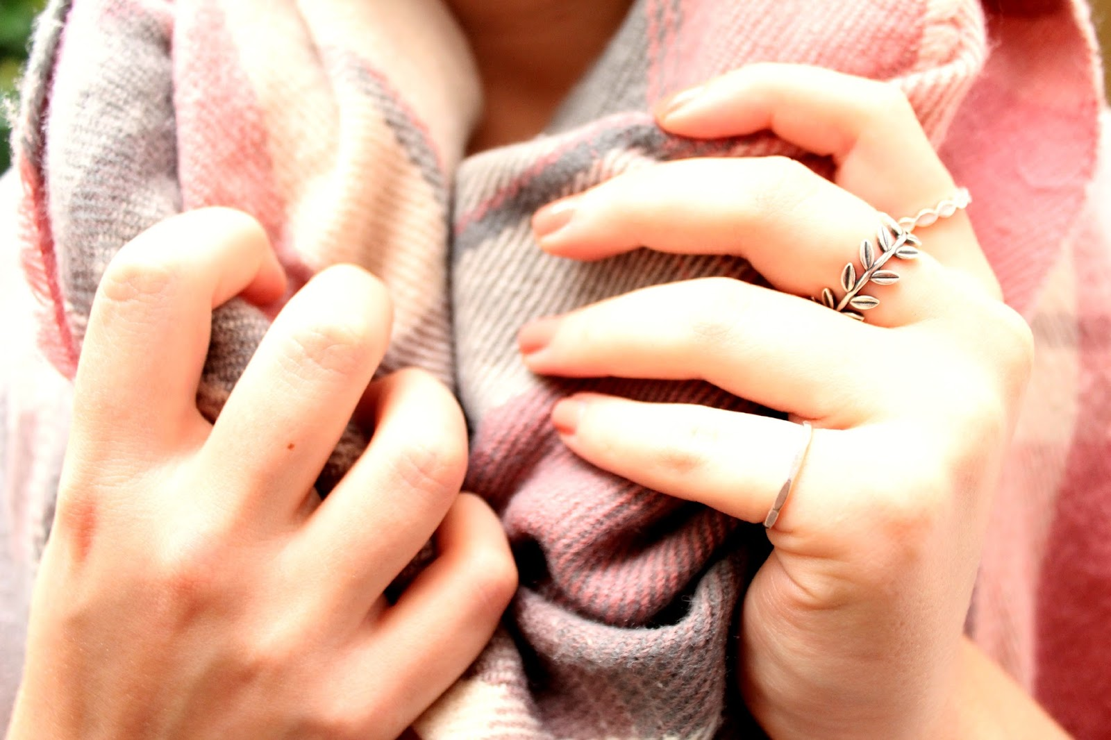 how-to-have-beautiful-hands-in-the-winter