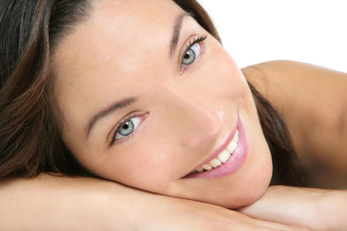 bigstock-beautiful-clean-cosmetics-woma-5338550
