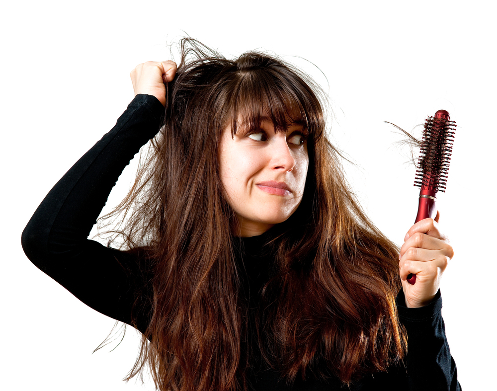 this-is-why-you-should-replace-your-hair-brush-more-often-1