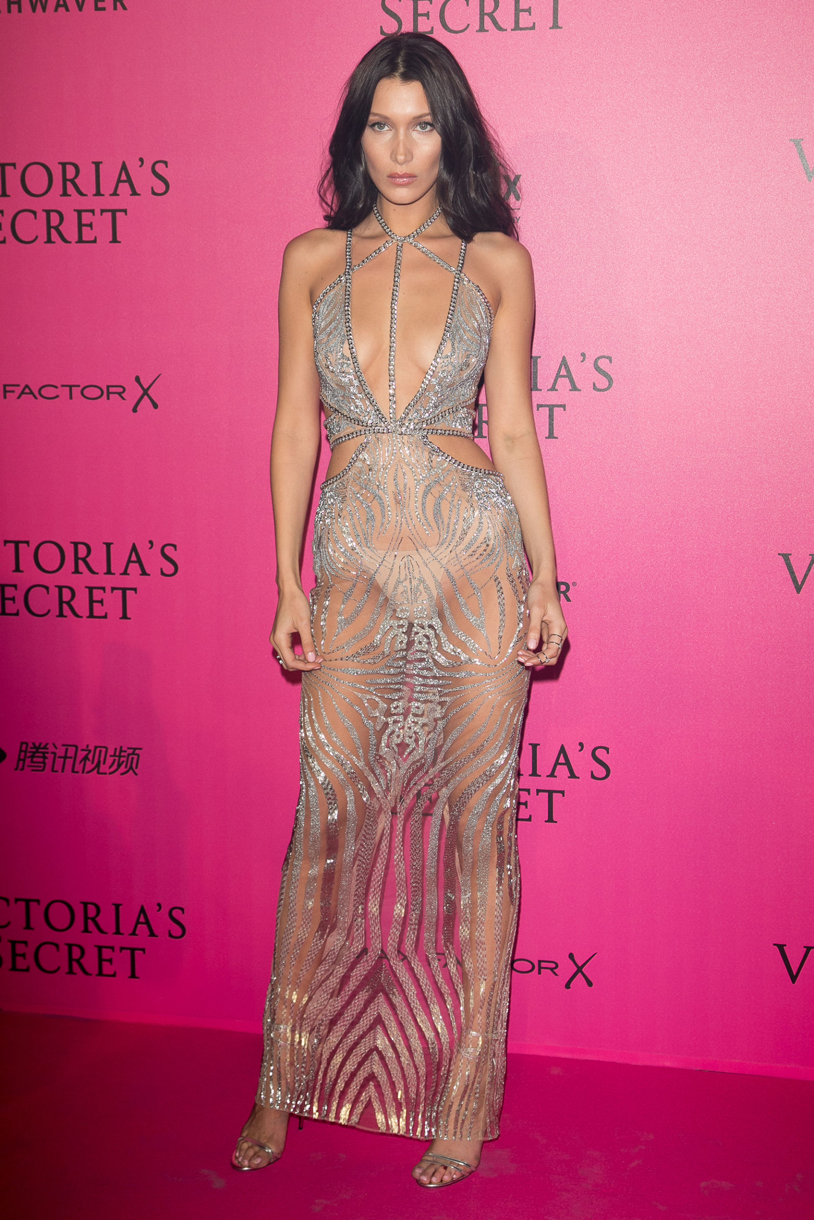 bella-hadid-naked-dress-victorias-secret-after-party