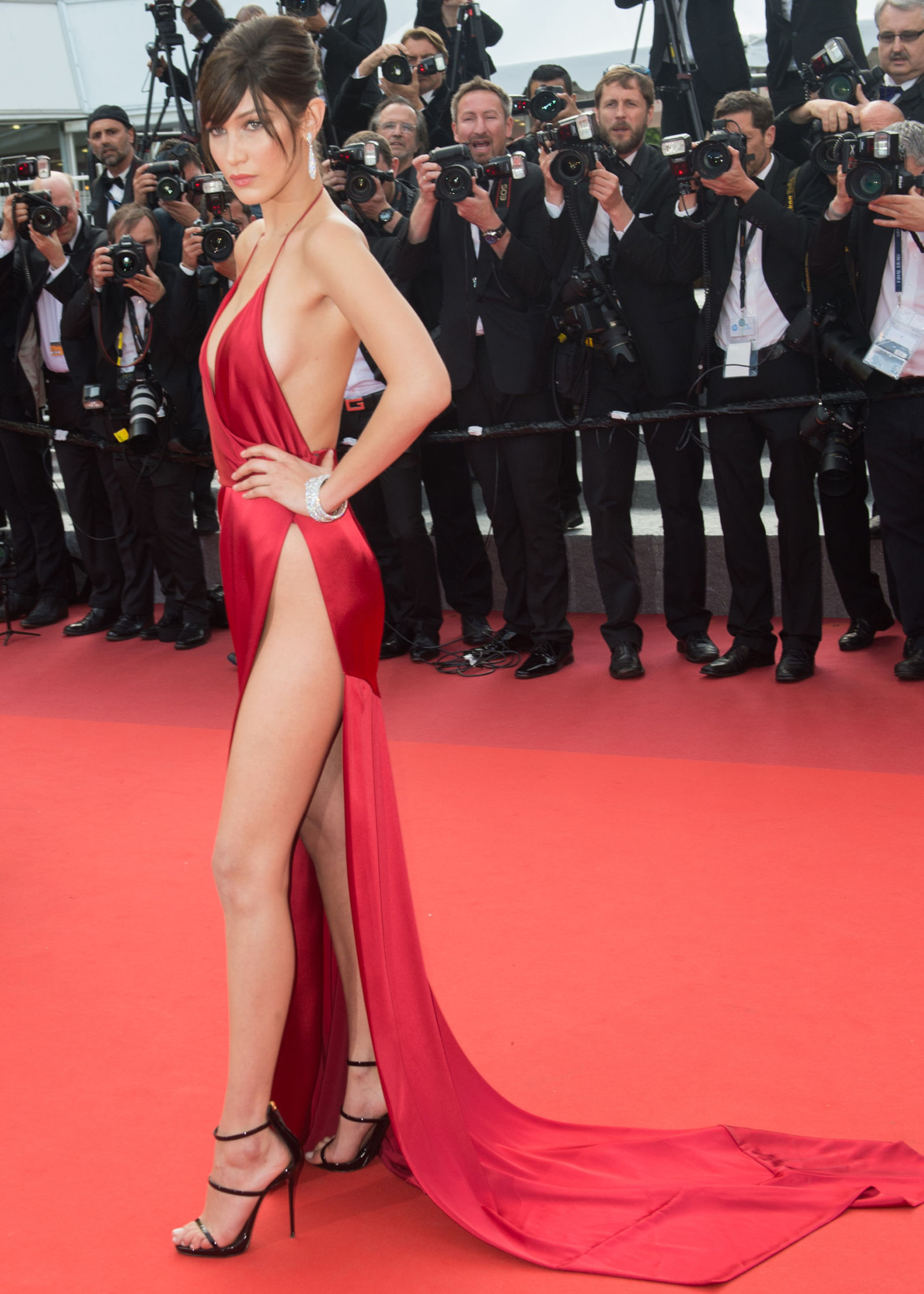 bella-hadid-red-naked-dress-cannes-alexandre-vauthier