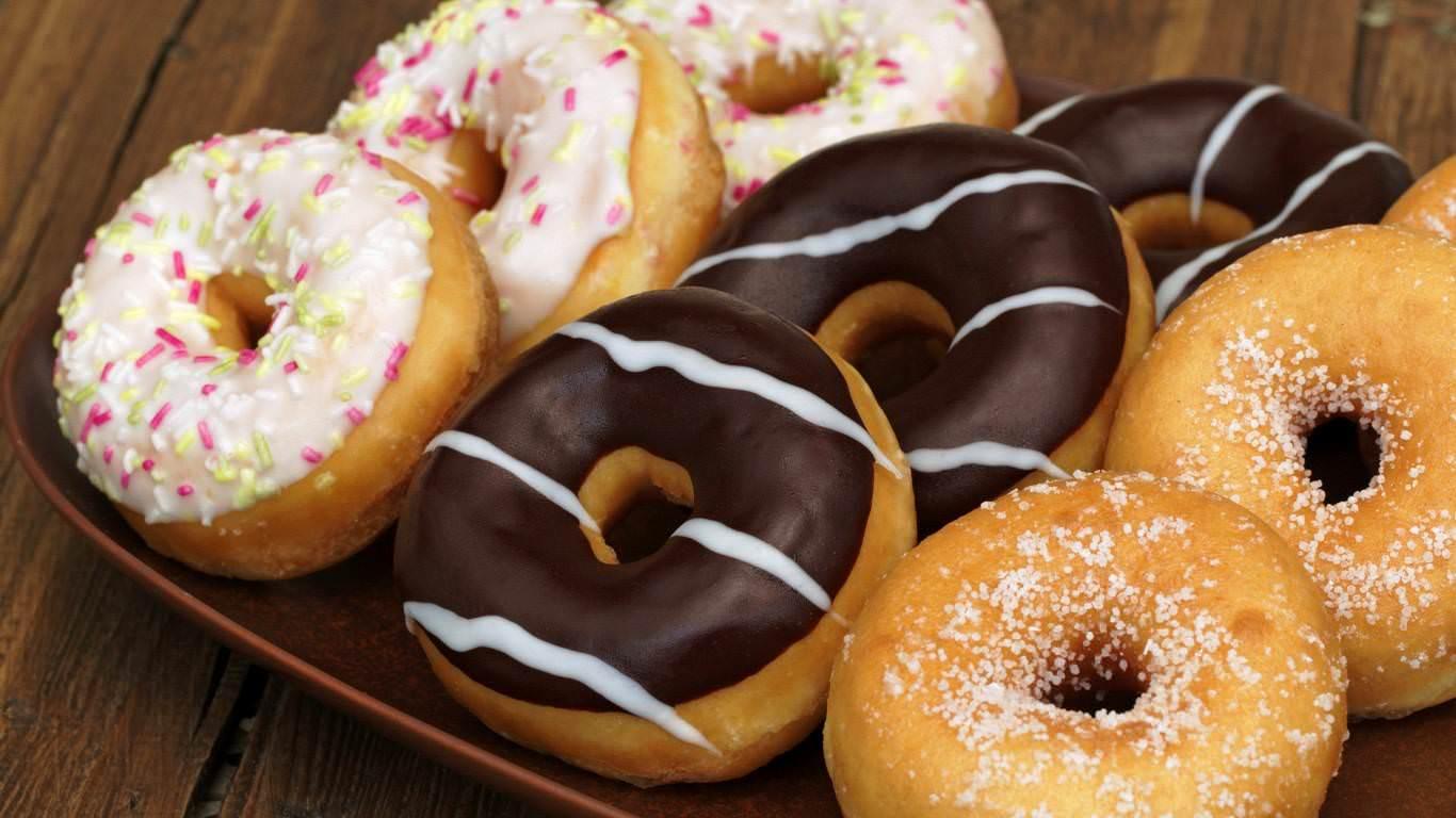 yummy-donuts-570