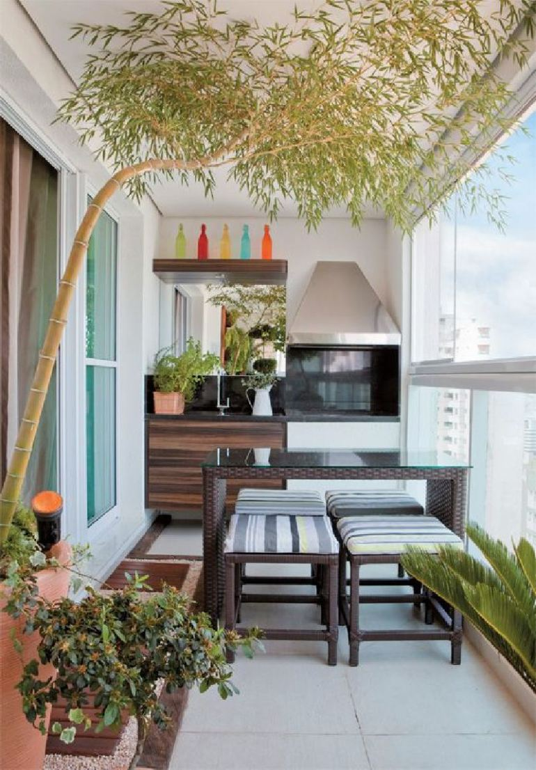 53-Mindblowingly-Beautiful-Balcony-Decorating-Ideas-to-Start-Right-Away-homesthetics.net-decor-ideas-22