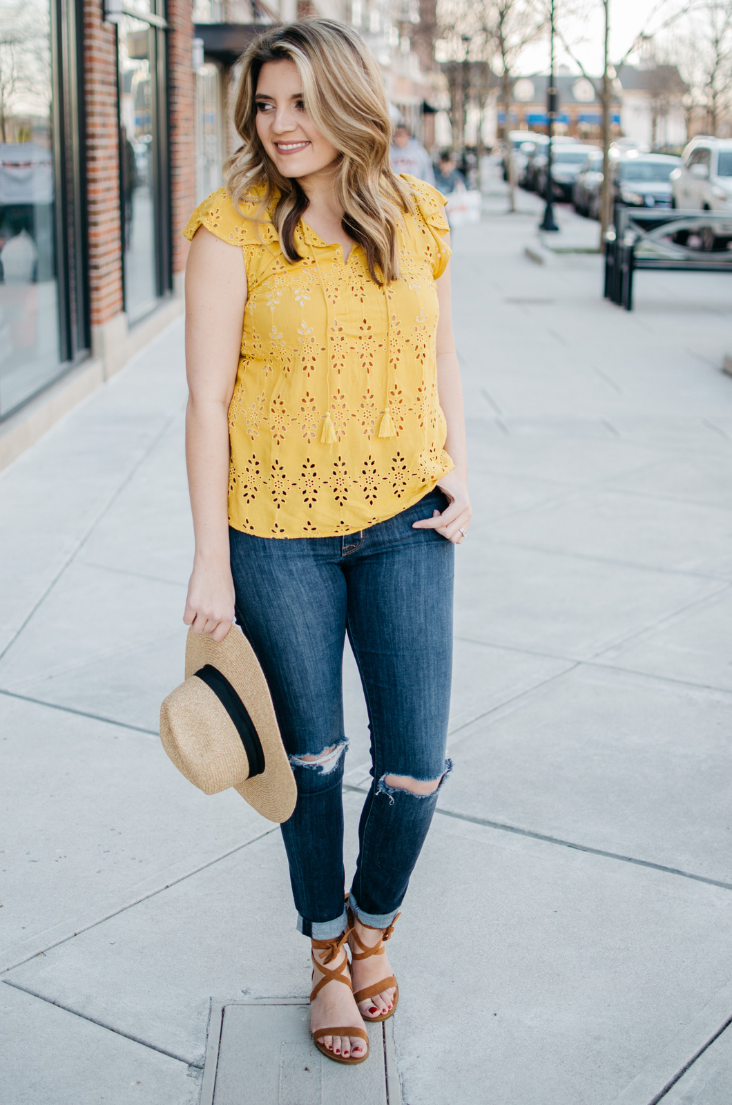 yellow-embroidered-top-spring-outfit