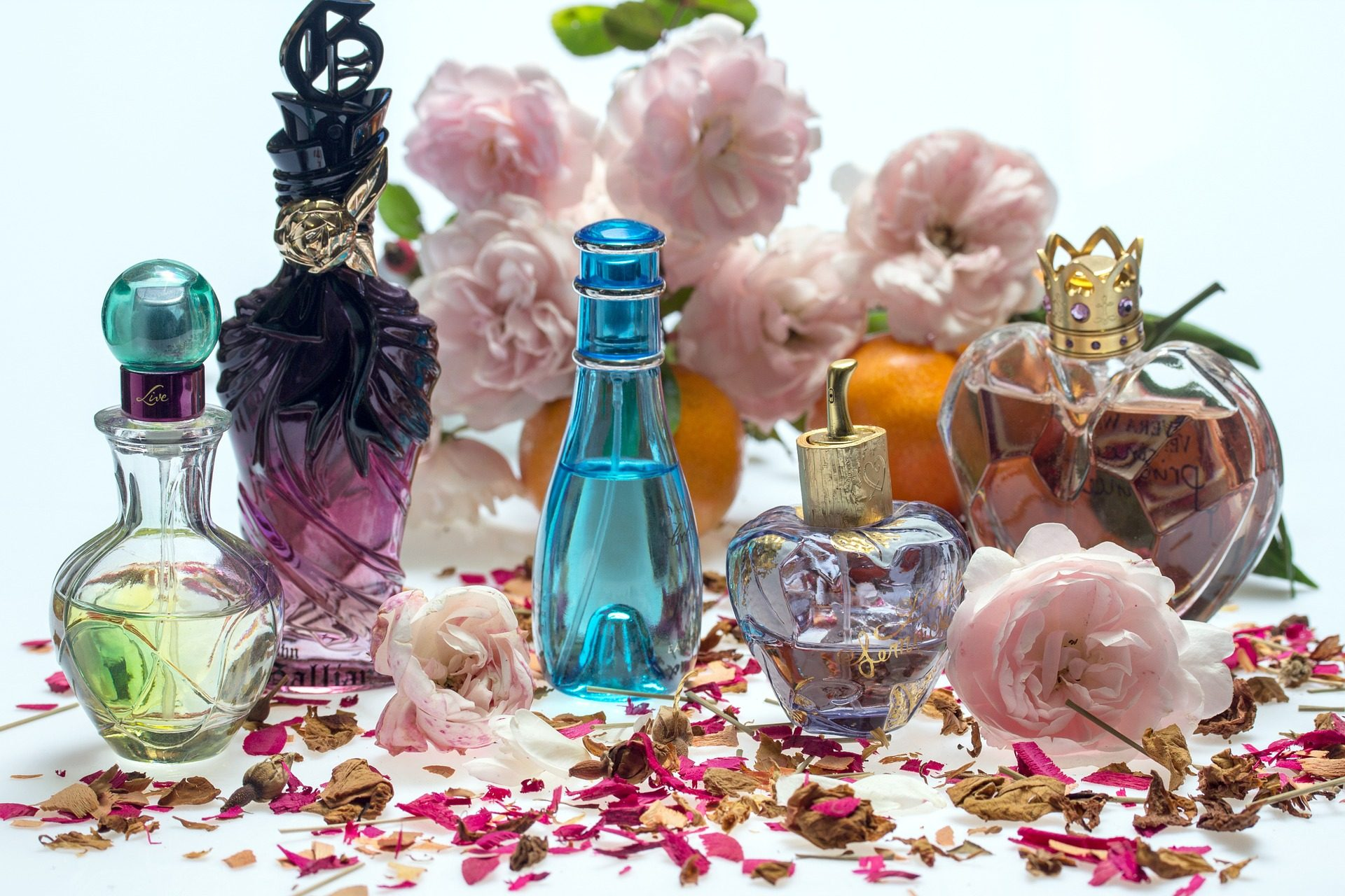 Perfect-Perfume-Tips-The-Best-Scents-for-Summer