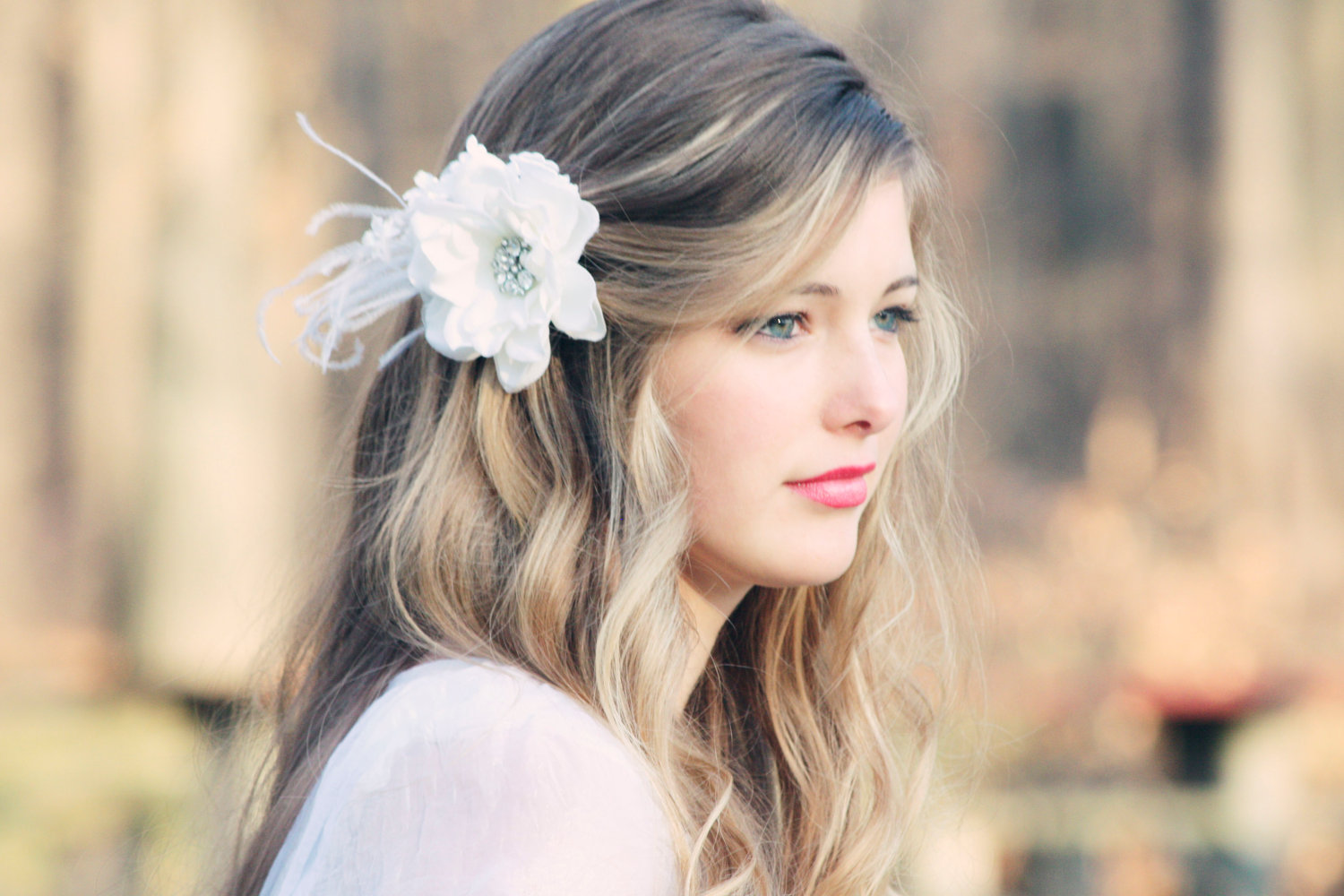 Spring-Summer-Wedding-Hairstyles-With-Flowers