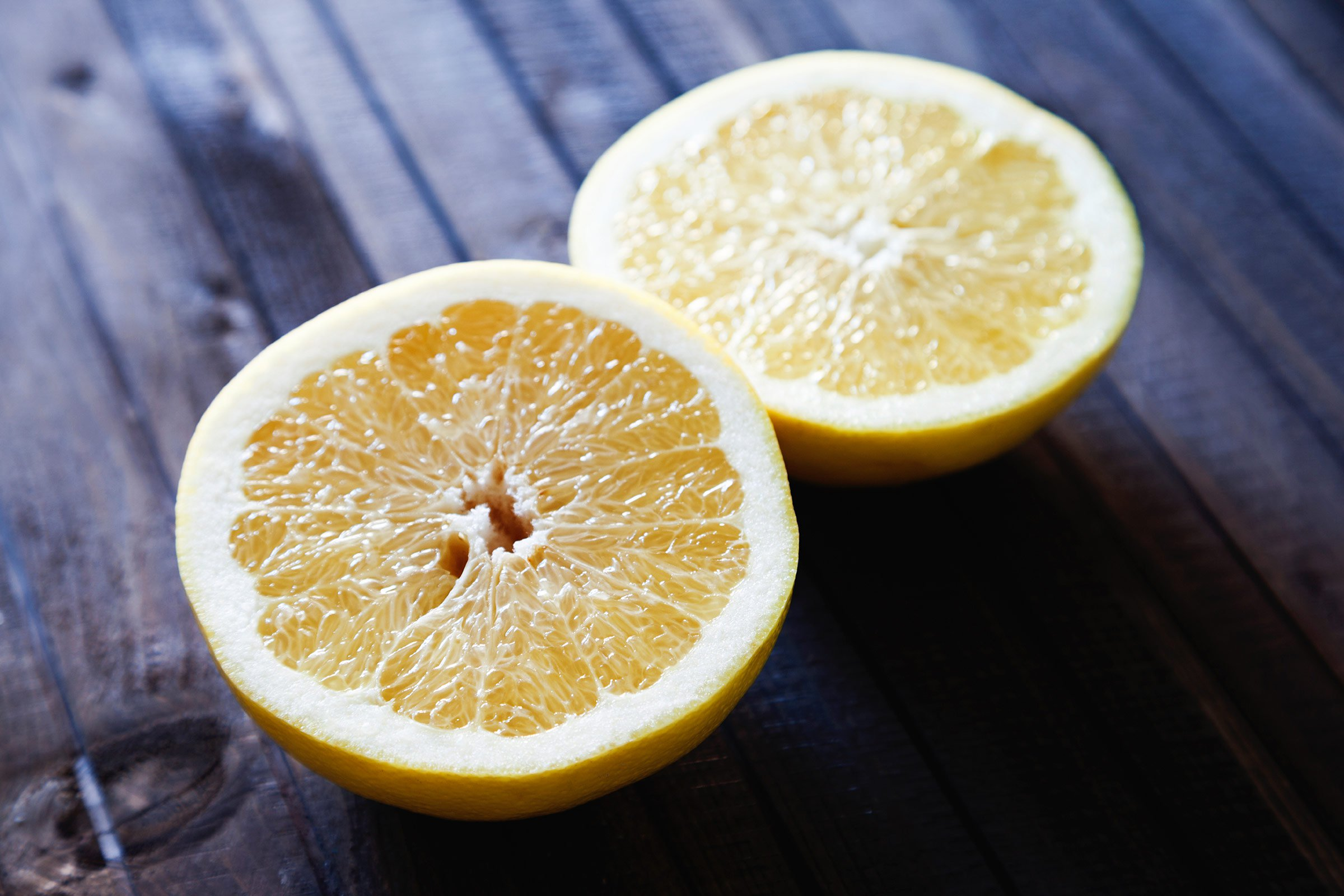 02-throat-remedies-lemon